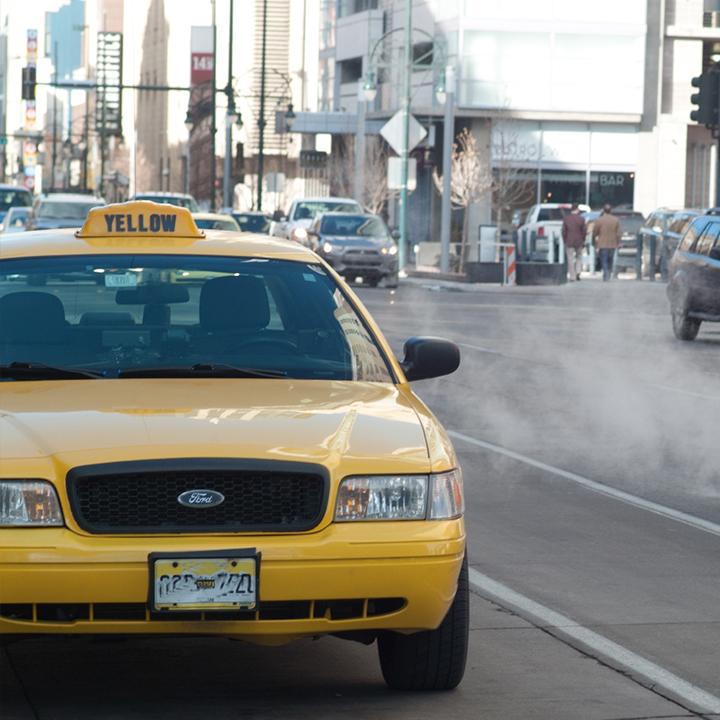 人間関係が苦手ならタクシードライバー
